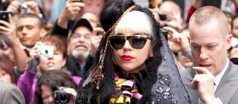 Lady Gaga arrasa con su nuevo y esperado disco 'Born this Way'