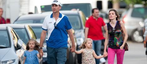 Los Príncipes de Asturias con sus hijas, las Infantas Leonor y Sofía