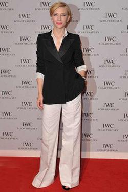 Cate Blanchett con traje de chaqueta