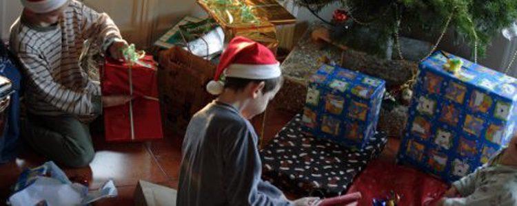 La apertura de regalos debe seguir siendo una tradición