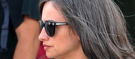 Mónica Cruz y Álex González visitan a Penélope en el rodaje de 'Venuto al mondo'