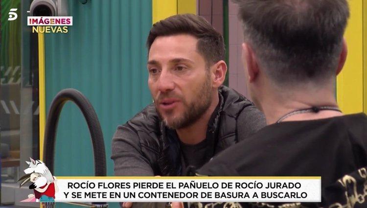 Antonio David contando la historia del pañuelo en 'El Tiempo del Descuento'|Foto: telecinco.es
