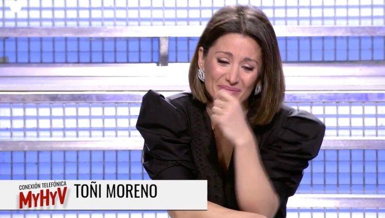 Nagore, muy emocionada hablando con Toñi Moreno | Foto: cuatro.com