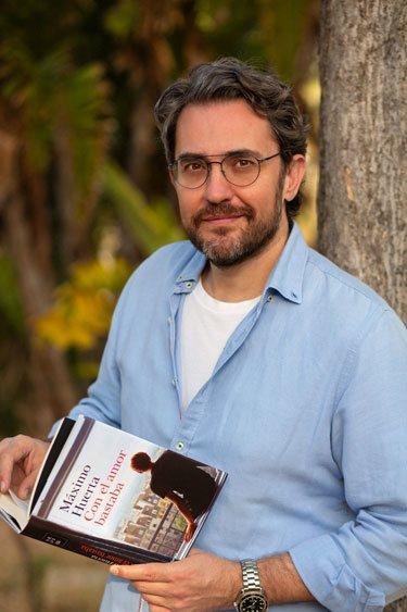 Máximo Huerta con su octavo libro