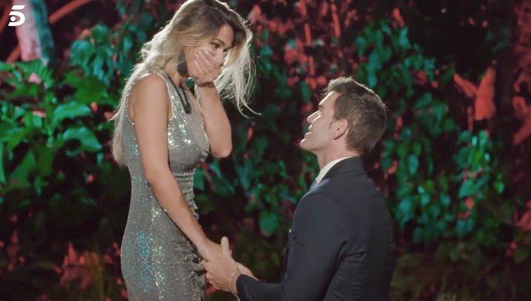 El momento en el que José le pidió matrimonio a Adelina | Foto: telecinco.es