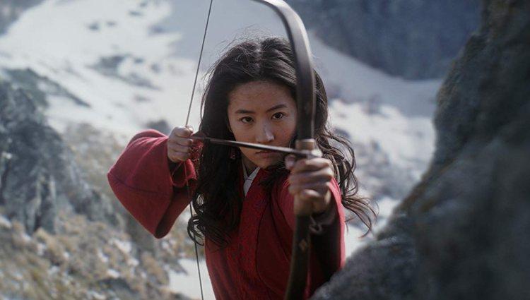 Liu Yifei como Mulán en el remake del clásico de Disney