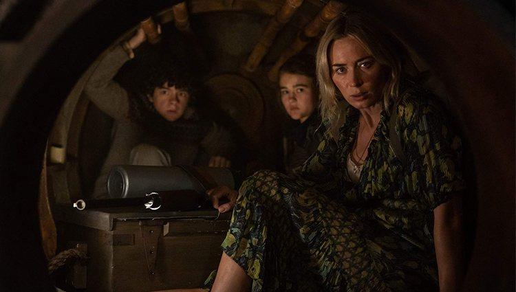 Noah Jupe, Millicent Simmonds y Emily Blunt en 'Un lugar tranquilo 2'