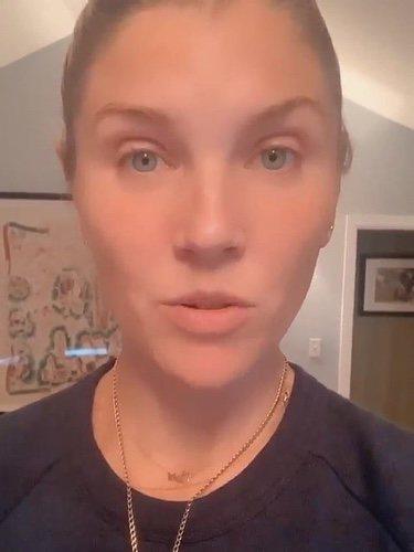 Amanda Kloots informando de los avances de su marido / Instagram