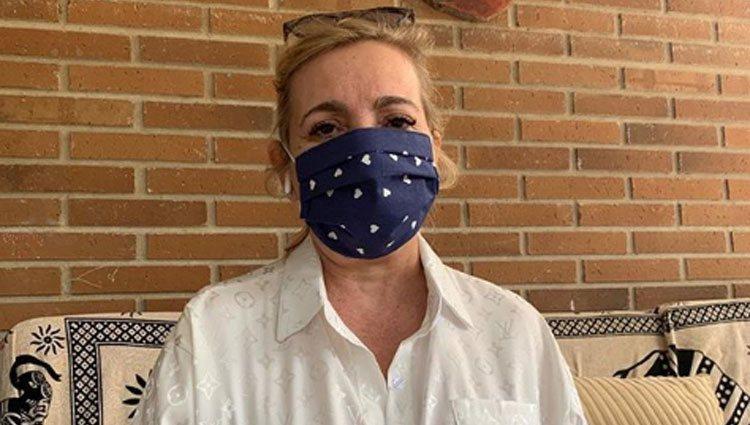Carmen Borrego con mascarilla