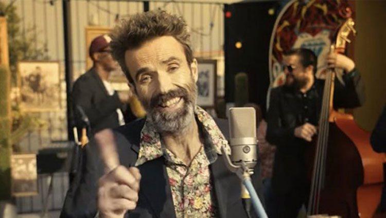Pau Donés en su nuevo videoclip