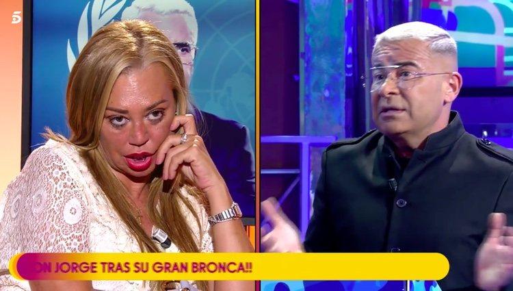 Belén Esteban alucinando con las palabra de Jorge Javier en la 'cumbre de la paz' / Telecinco.es