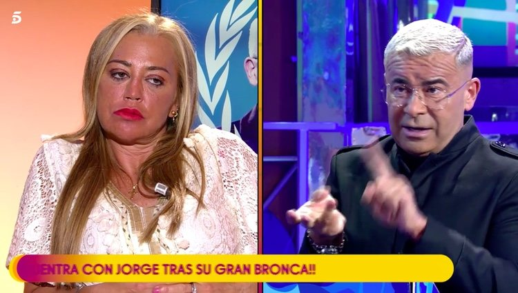 Jorge Javier Vázquez desvelando el contenido de su mensaje / Telecinco.es