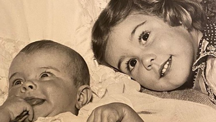 Romina Power y su hermana | Foto: Instagram