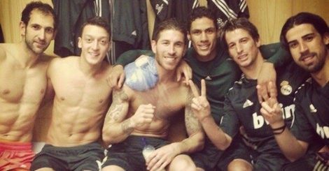 Diego López, Ramos, Varane, Coentrao, Ozil y Khedira celebran la victoria / Foto: Twitter