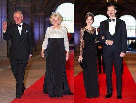 Carlos y Camilla de Inglaterra y los Príncipes de Asturias