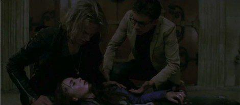 Clary Fary recibe una mordedura de demonio y es curada