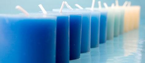 Las velas azules transmiten paz, salud y tranquilidad