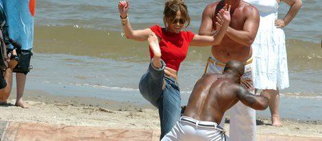Jennifer Lopez practicando capoeira en Uruguay