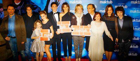 Esperanza Aguirre con el reparto de 'Maktub'