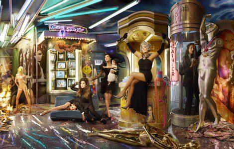 Continuación de la postal para la Navidad 2013 de la familia Kardashian. Foto: David LaChapelle / E!online