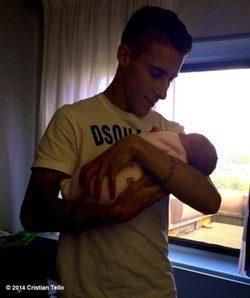 Cristian Tello y su hija Carlota