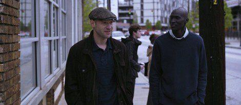 Corey Stoll y Ger Duany en 'La buena mentira'