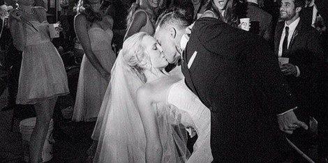 Candice Accola y Joe King el día de su boda. Foto: Instagram