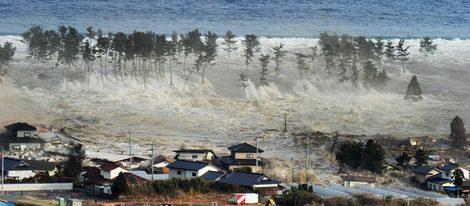 Vista del tsunami que arrasó Japón en marzo de 2011