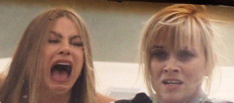 Vergara y Witherspoon en una escena de 'Hot Pursuit' | Instagram Sofia Vergara