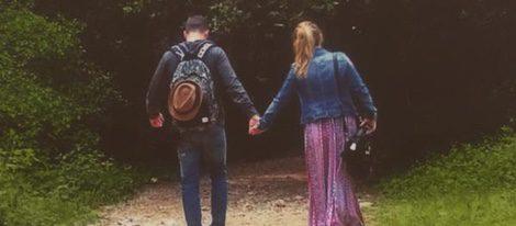Yolanda y Jonathan pasean agarrados de la mano | Twitter
