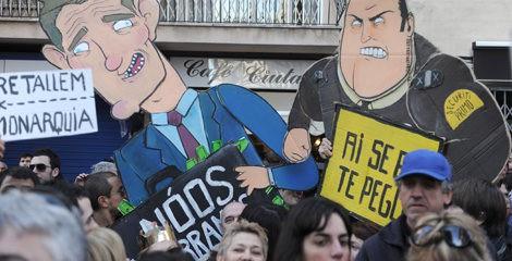 Protestas ciudadanas con motivo de la declaración de Iñaki Urdangarín
