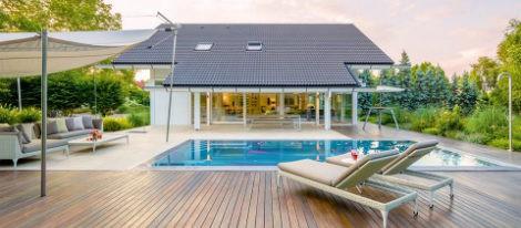 La nueva mansión de Banderas dispone de spa, sauna, gimnasio, sala de cine y una gran piscina