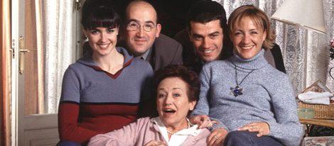 Laura, Paco, David, Carlota y Sole en la primera temporada de '7 Vidas'
