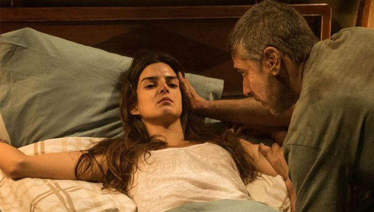 Clara Lago y Leonardo Sbaraglia en el thriller de suspense 'Al final del túnel'