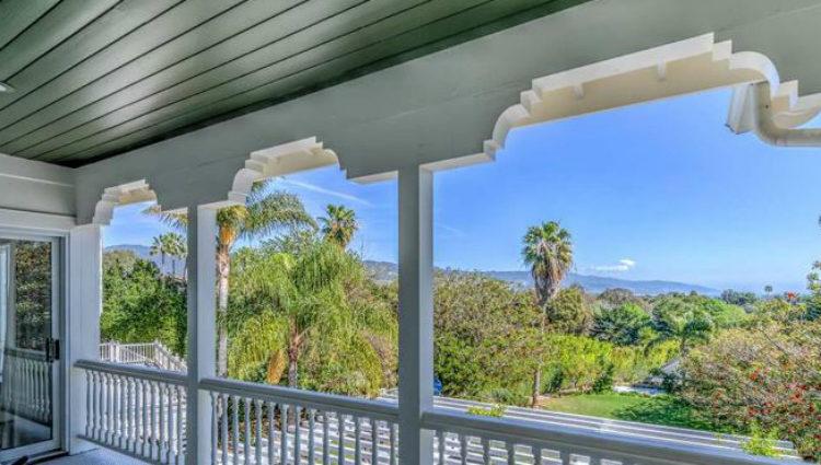 Vistas desde uno de los exclusivos balcones que Elsa Pataky y Chris Hemsworth tienen en su casa de Los Angeles