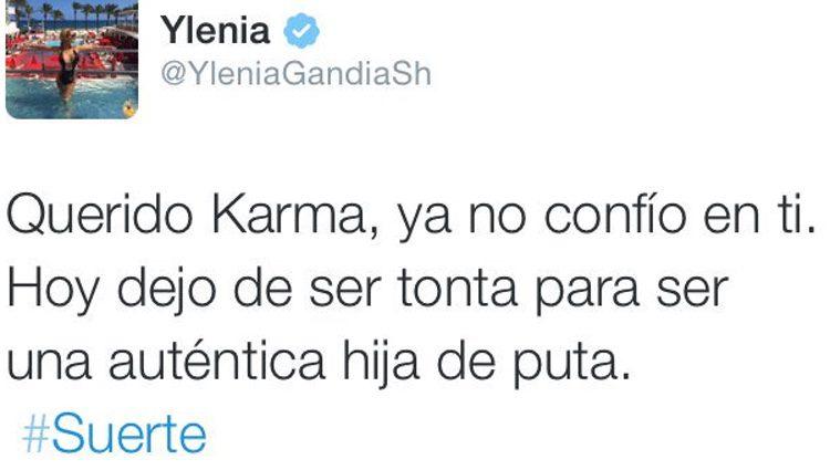 Tweet de Ylenia