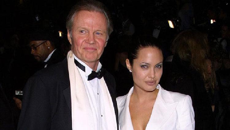 Angelina Jolie y su padre Jon Voight