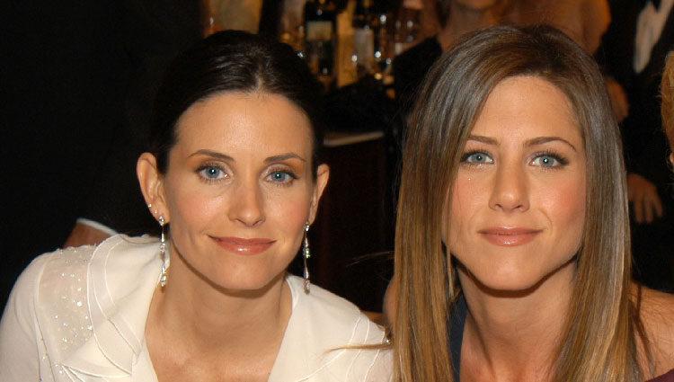 Courteney Cox y Jennifer Aniston en un reencuentro de 'Friends'