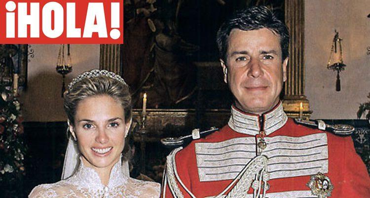 Cayetano Martínez de Irujo y Genoveva Casanova en su boda