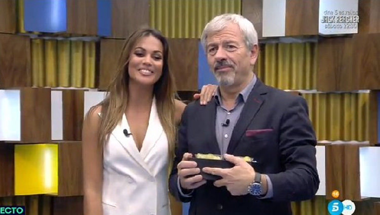 Lara Álvarez y Carlos Sobera anuncian con ilusión que darán las Campanadas este año | telecinco.es