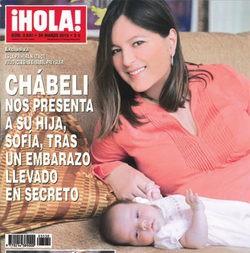 Chábeli Iglesias presenta en sociedad a su hija Sofía tras llevar un embarazo secreto