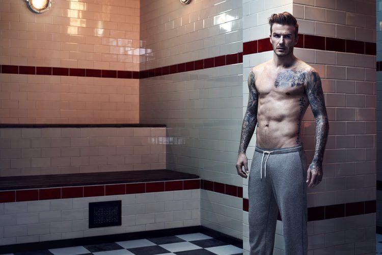 David Beckham luciendo uno de sus diseños