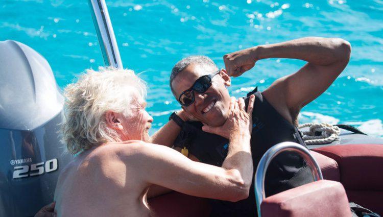 Richard Branson y Barack Obama bromeando/ Fuente: Jack Brockway