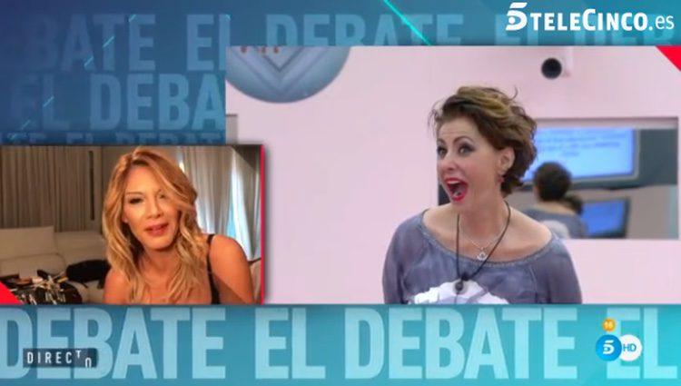 Irma Soriano escuchando el mensaje de Ivonne Reyes / Telecinco.es