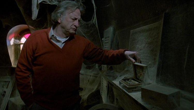 George C. Scott en el papel de John Russel en 'Al final de la escalera'