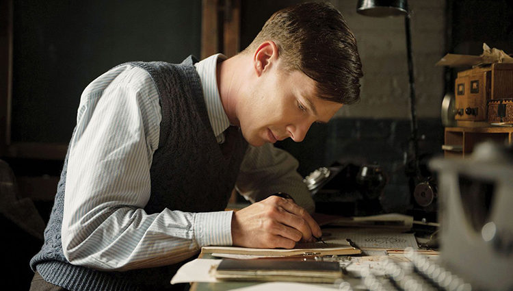 Benedict Cumberbatch en la piel de Turing en 'The Imitation Game'
