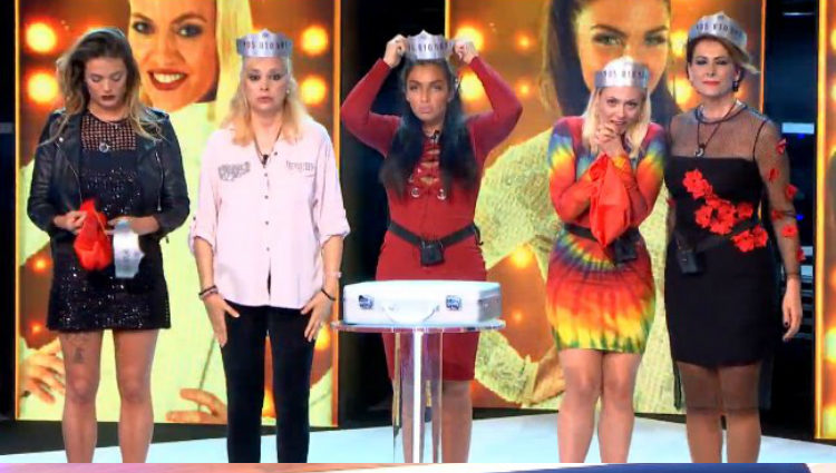 Las finalistas descubren los números de teléfono para ser la ganadora | telecinco.es