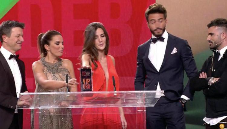 'Maylén' recoge el premio VIP de Oro a la mejor carpeta triangular con Alyson | telecinco.es