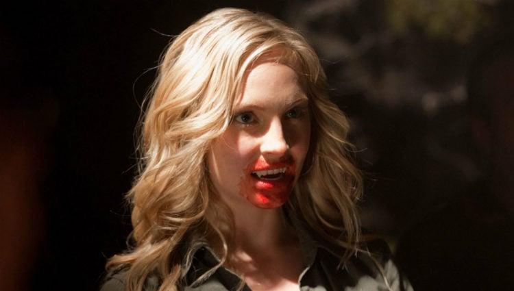 Candice Accola caracterizada como Caroline Forbes en la serie 'Crónicas vampíricas'