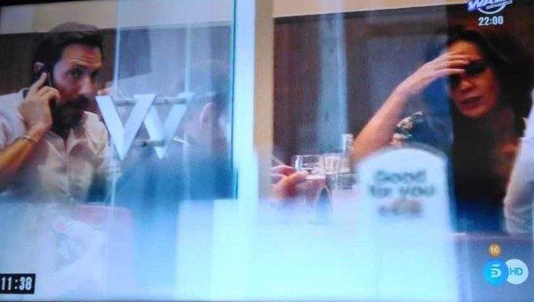 Antonio David Flores hablando con su hijo pequeño tras salir del juzgado/ Fuente: 'El Programa del Verano'